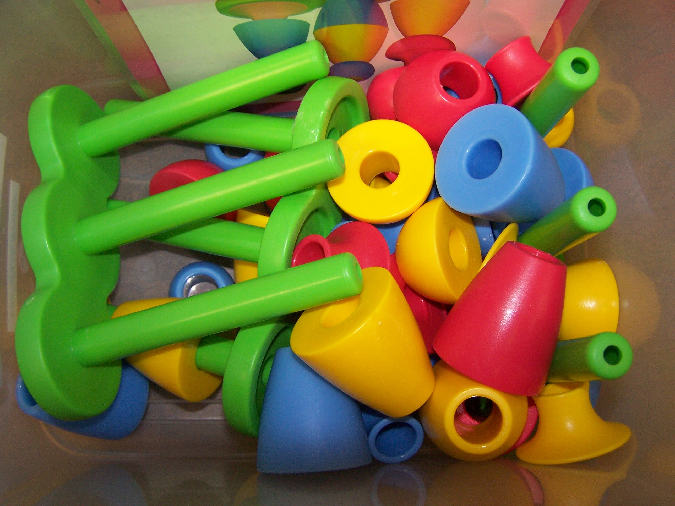 "Manipulatives ""R"" Preschool Resources"